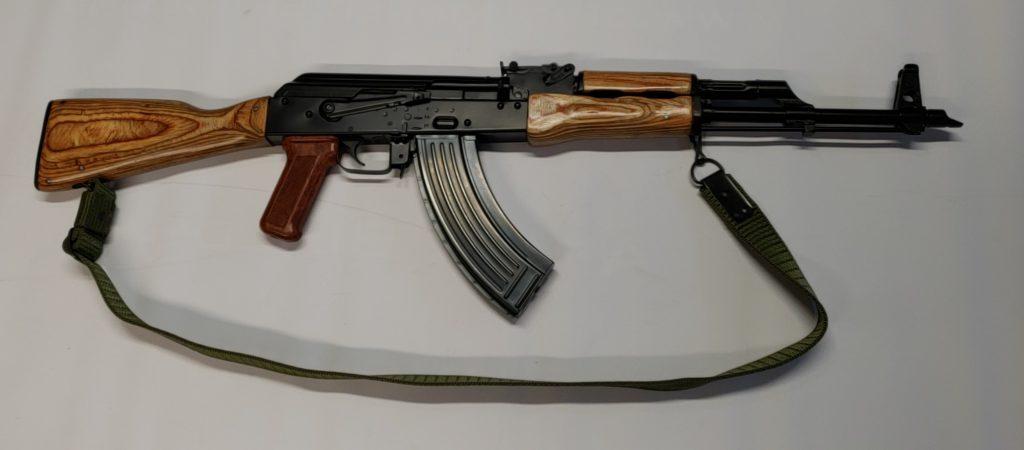 Romanian AKM i